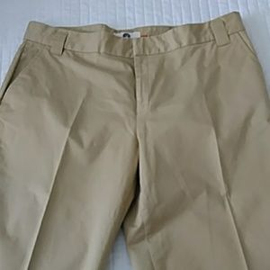 Weatherproof Clothing Co Tan Capris 14